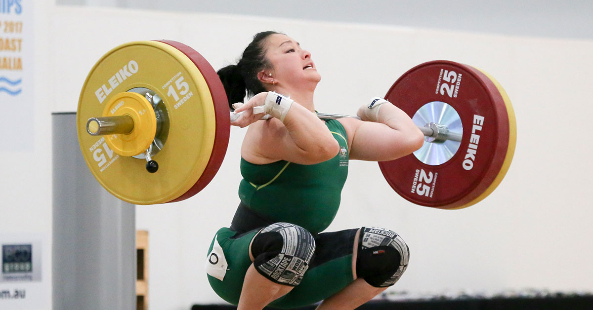Erika Yamasaki during a lift.