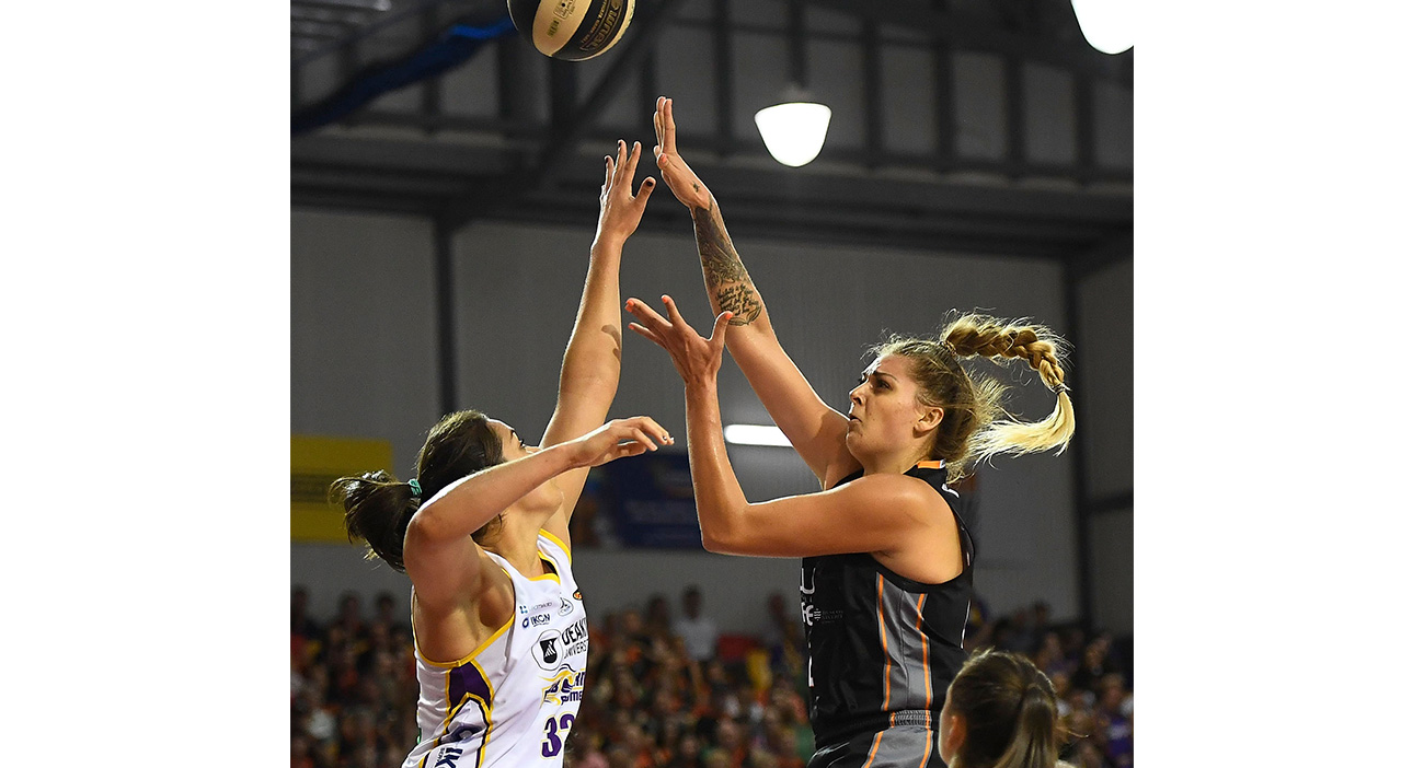 Cayla George of Townsville Fire takes a jump shot during game three of the WNBL Grand Final series in January 2018.