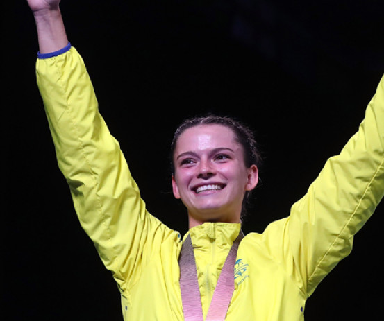 Skye Nicolson celebrates her gold win at GC2018
