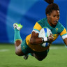 Australian Ellia Green scores a try against New Zealand at the Rio Olympics.